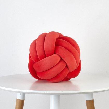Obrázek z Designový polštář - červená