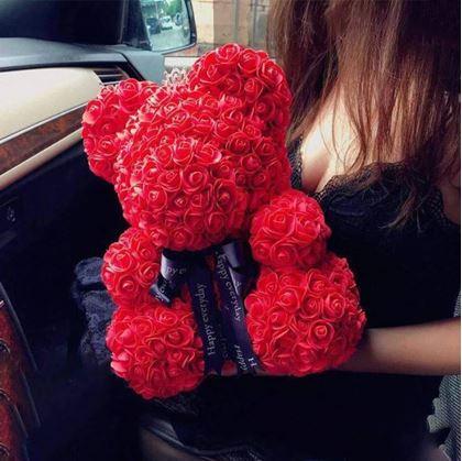 Obrázek z Vyrob si sám - medvídek z růží