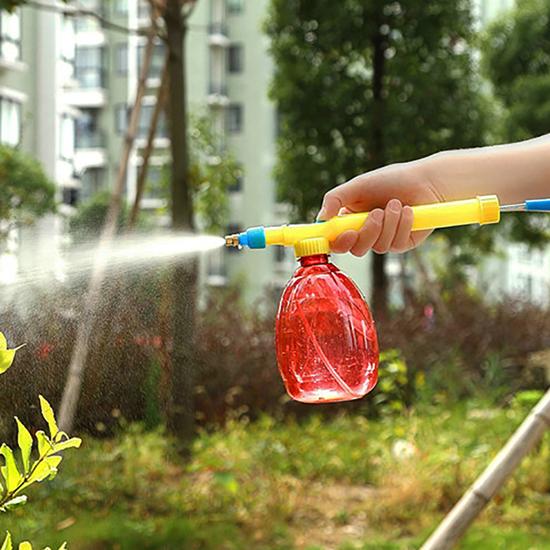 postřikovač zahradní