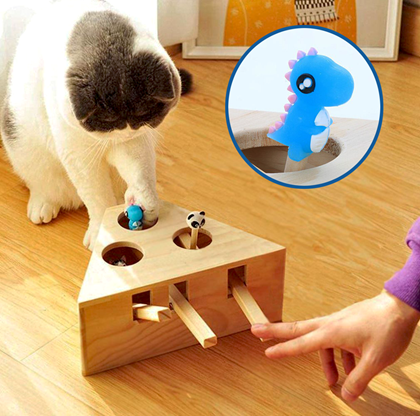Dřevěná hračka pro kočky