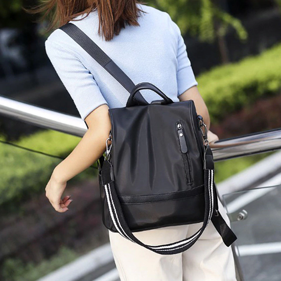 kabelka a batoh v jednom